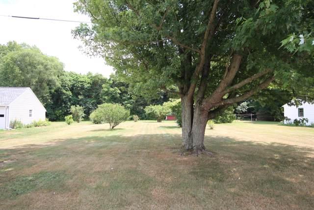 13057 Brockway Drive, Vicksburg, MI 49097 (MLS #20001135) :: Matt Mulder Home Selling Team