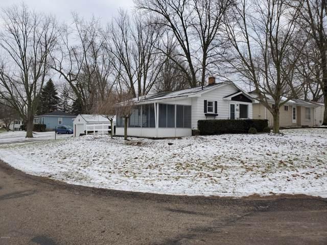 4188 Hillsdale Avenue NE, Grand Rapids, MI 49525 (MLS #20001748) :: JH Realty Partners