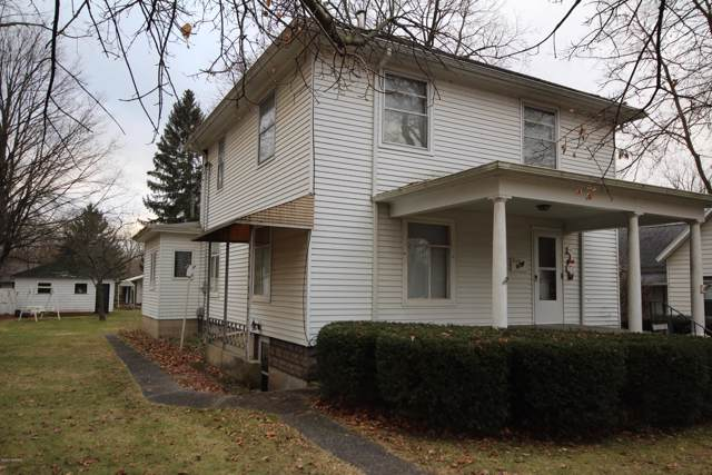 225 W Park Street, Vicksburg, MI 49097 (MLS #20001754) :: Matt Mulder Home Selling Team