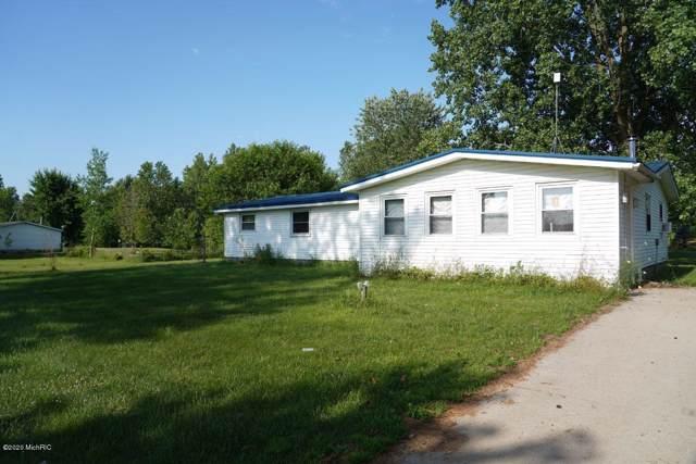 10087 N N Meridian Rd Road, Merrill, MI 48637 (MLS #20001919) :: Ron Ekema Team