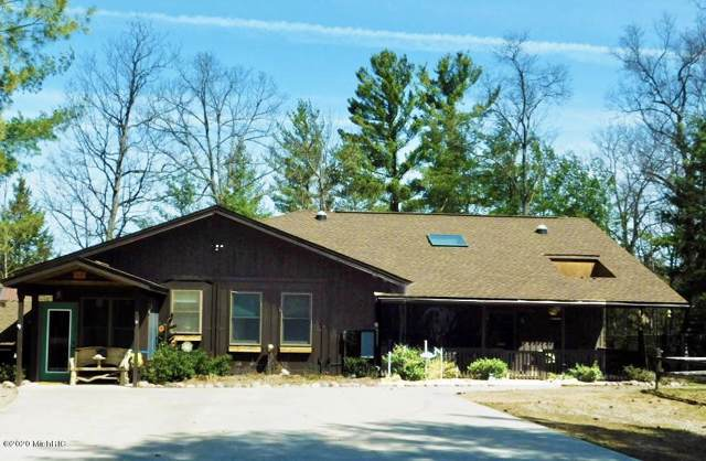 269 Scenic Drive, Manistee, MI 49660 (MLS #20001926) :: JH Realty Partners