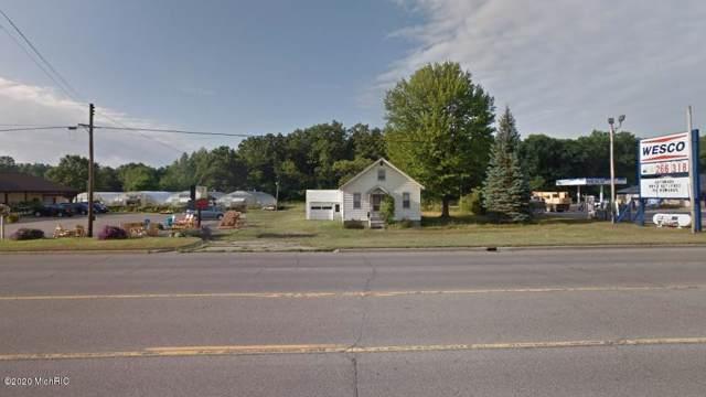 3787 E Apple Avenue, Muskegon, MI 49442 (MLS #20001957) :: Deb Stevenson Group - Greenridge Realty