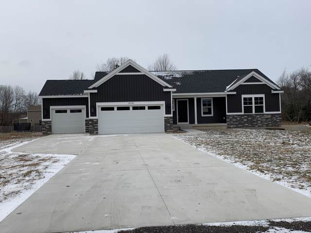 12761 152nd Avenue, Grand Haven, MI 49417 (MLS #20002104) :: Matt Mulder Home Selling Team
