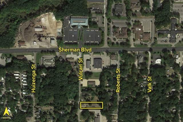 2706 Vulcan Street, Muskegon, MI 49444 (MLS #20002237) :: CENTURY 21 C. Howard