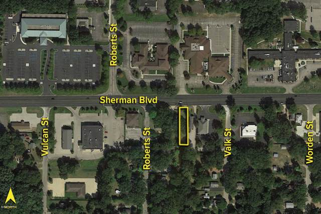 1263 E Sherman Boulevard, Muskegon, MI 49444 (MLS #20002238) :: CENTURY 21 C. Howard