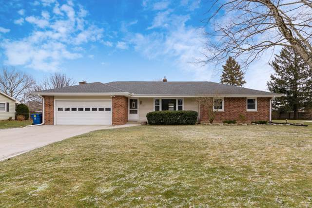 1919 Whitegate Lane, Kalamazoo, MI 49009 (MLS #20002273) :: Matt Mulder Home Selling Team