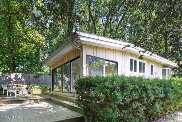 15468 Lakeshore Road, Lakeside, MI 49116 (MLS #20002300) :: Deb Stevenson Group - Greenridge Realty