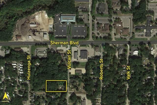 2703 Vulcan Street, Muskegon, MI 49444 (MLS #20002391) :: CENTURY 21 C. Howard