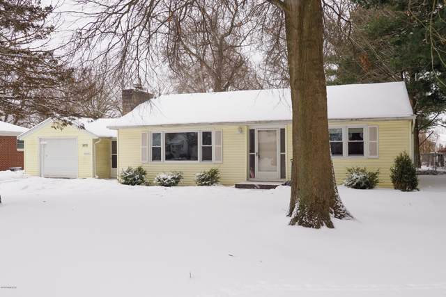 3931 Canterbury Avenue, Kalamazoo, MI 49006 (MLS #20002424) :: Matt Mulder Home Selling Team