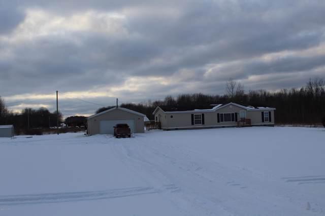 487 Fuller Road, Ravenna, MI 49451 (MLS #20002513) :: Matt Mulder Home Selling Team