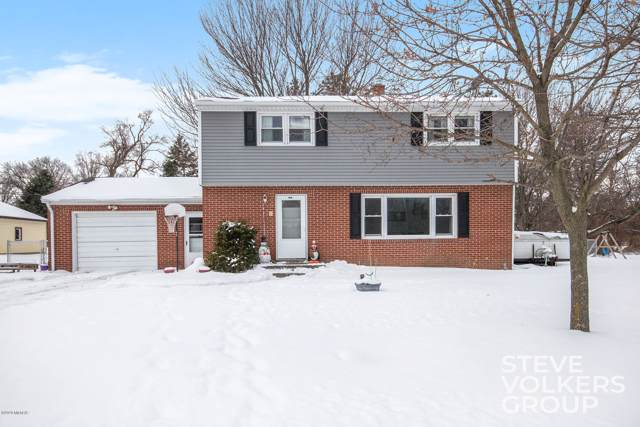 1501 Maderia Avenue SW, Grand Rapids, MI 49534 (MLS #20002620) :: JH Realty Partners