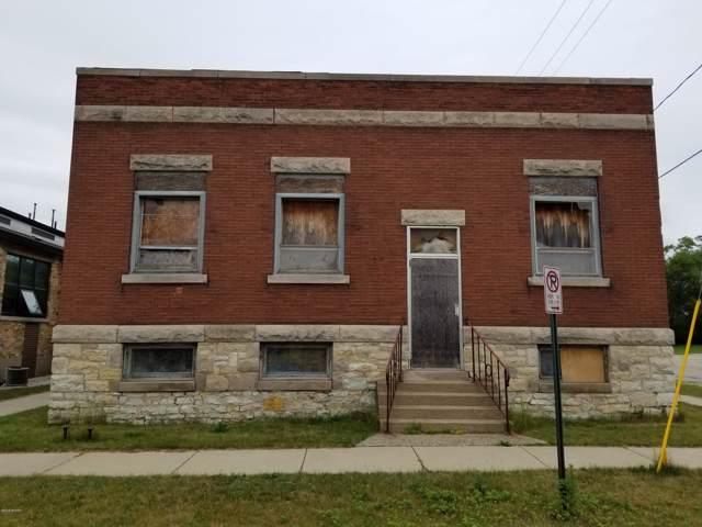 600 W Clay Avenue, Muskegon, MI 49440 (MLS #20002756) :: CENTURY 21 C. Howard