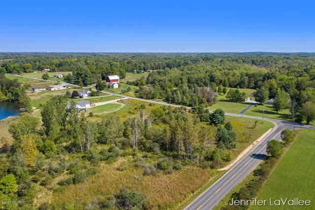 14825 White Creek Avenue NE, Cedar Springs, MI 49319 (MLS #20002816) :: Deb Stevenson Group - Greenridge Realty