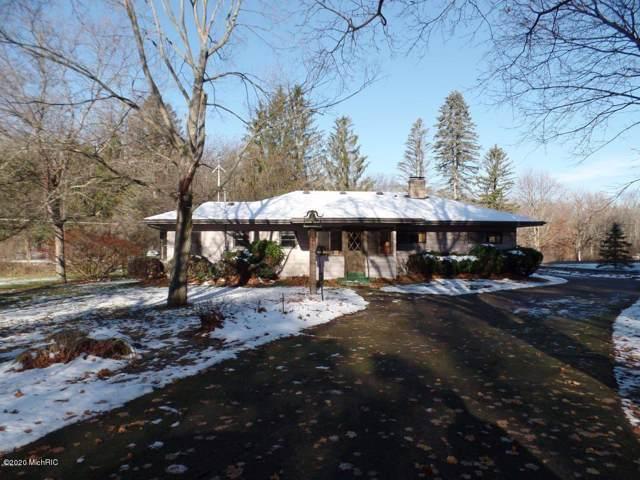 2898 Gulliford Dr Drive SE, Lowell, MI 49331 (MLS #20002899) :: Keller Williams RiverTown