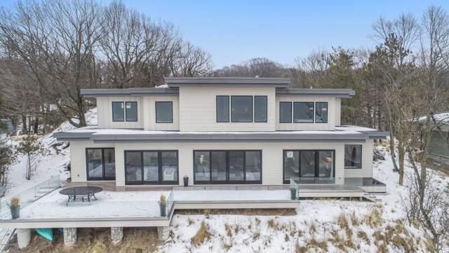 17583 N Shore Estates Road, Spring Lake, MI 49456 (MLS #20002987) :: CENTURY 21 C. Howard