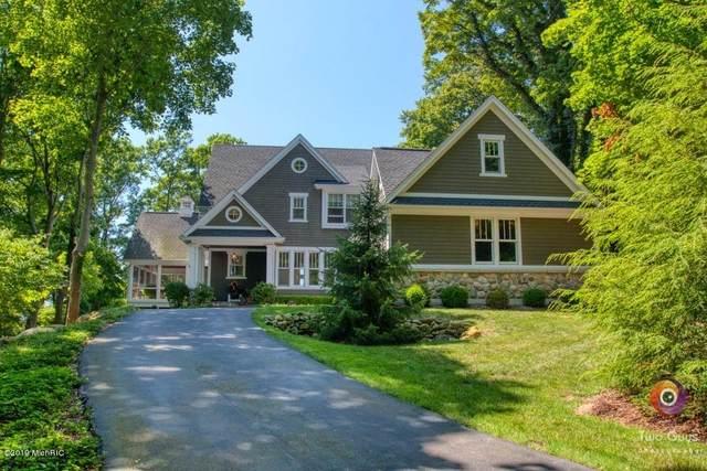 2324 Lakeshore Drive, Fennville, MI 49408 (MLS #20004502) :: Deb Stevenson Group - Greenridge Realty