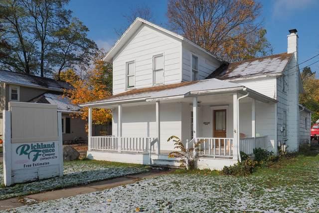 8877 Gull Road, Richland, MI 49083 (MLS #20004546) :: Matt Mulder Home Selling Team