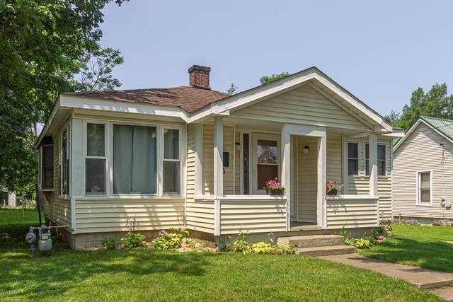 413 N Matteson Street, Bronson, MI 49028 (MLS #20004598) :: Deb Stevenson Group - Greenridge Realty