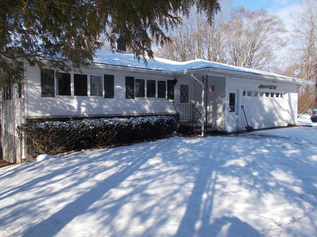3489 W Circle Drive, Hart, MI 49420 (MLS #20004837) :: Deb Stevenson Group - Greenridge Realty