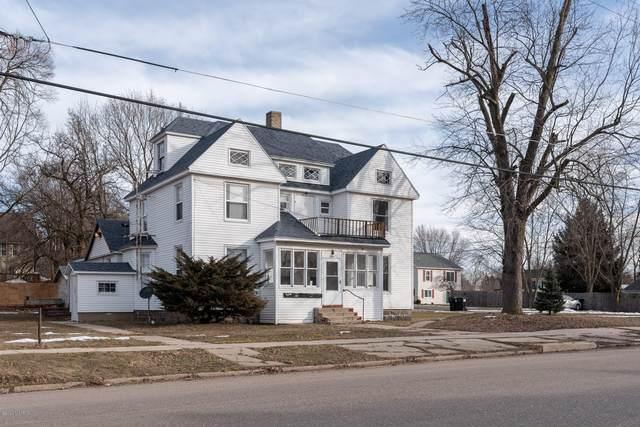 546 Harrison Street, Belding, MI 48809 (MLS #20005241) :: CENTURY 21 C. Howard