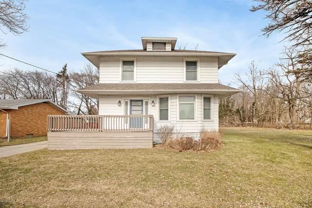 449 E Napier Avenue, Benton Harbor, MI 49022 (MLS #20005293) :: Deb Stevenson Group - Greenridge Realty