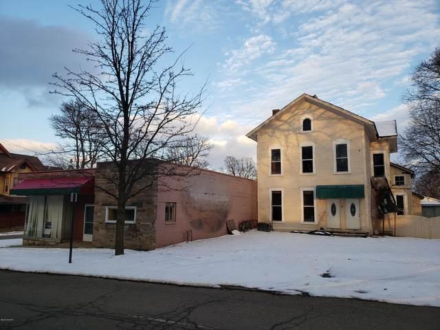 36 Waldron Street, Hillsdale, MI 49242 (MLS #20005345) :: JH Realty Partners