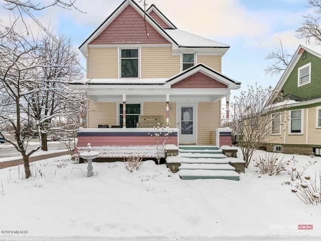 2 W 19th Street, Holland, MI 49423 (MLS #20005702) :: Deb Stevenson Group - Greenridge Realty