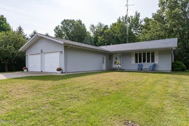 231 Kensington Lane, Benton Harbor, MI 49022 (MLS #20005708) :: Deb Stevenson Group - Greenridge Realty