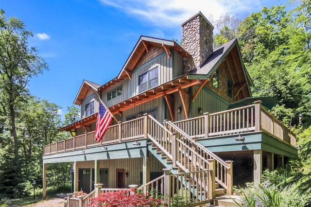 1395 Woodsmere Hills Drive Drive, Frankfort, MI 49635 (MLS #20005722) :: Deb Stevenson Group - Greenridge Realty