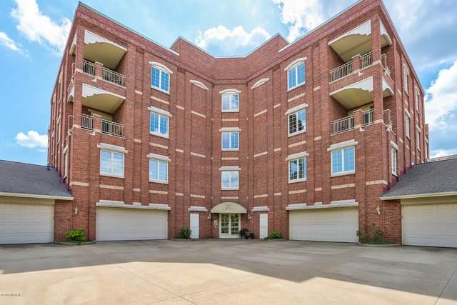 141 Central Avenue #330, Holland, MI 49423 (MLS #20005905) :: Deb Stevenson Group - Greenridge Realty