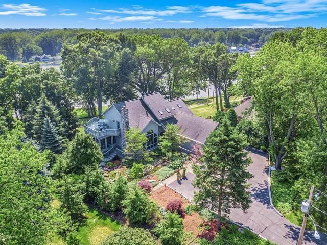 1410 Manley Court, St. Joseph, MI 49085 (MLS #20005939) :: Matt Mulder Home Selling Team