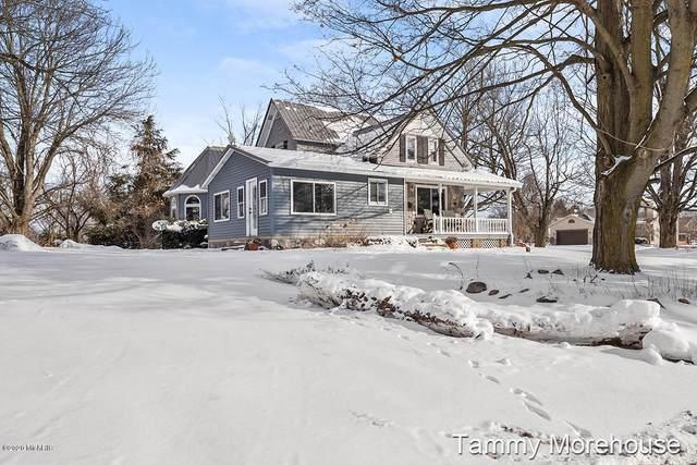 7128 Bliss Road, Saranac, MI 48881 (MLS #20005940) :: Matt Mulder Home Selling Team