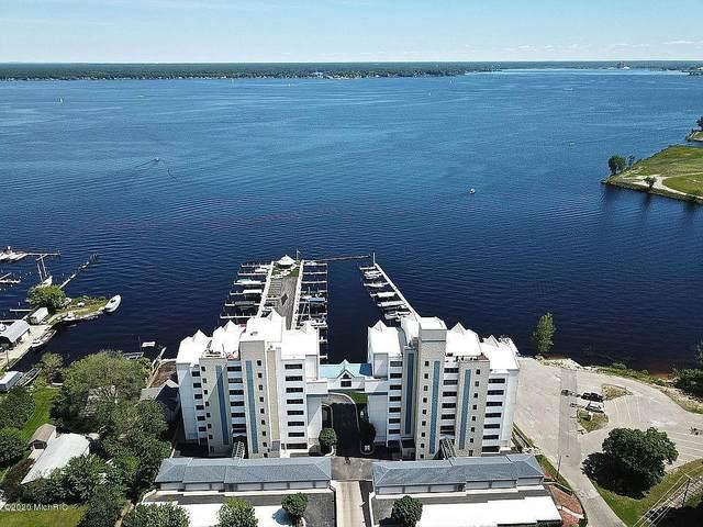 2964 Lakeshore Drive W401, Muskegon, MI 49441 (MLS #20006019) :: Deb Stevenson Group - Greenridge Realty