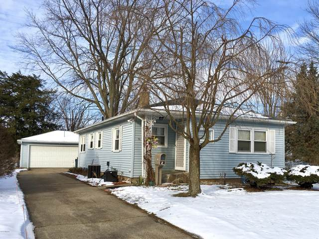 73 Pleasant Avenue, Battle Creek, MI 49015 (MLS #20006116) :: Deb Stevenson Group - Greenridge Realty