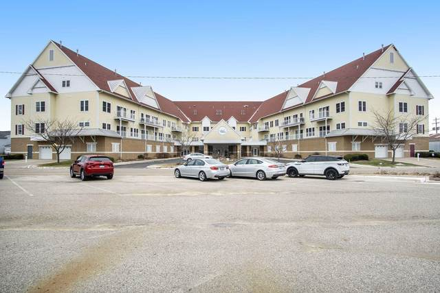 917 W Savidge Street #30, Spring Lake, MI 49456 (MLS #20006468) :: JH Realty Partners