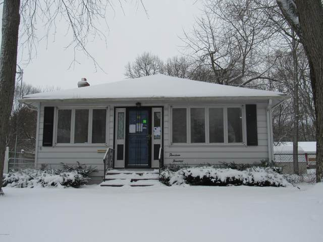 1404 8th Street, Three Rivers, MI 49093 (MLS #20006538) :: JH Realty Partners