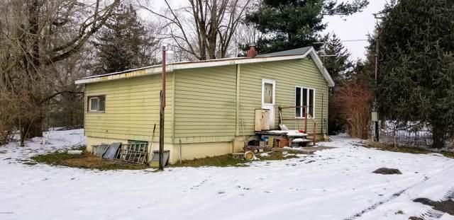 56333 28th Avenue, Bangor, MI 49013 (MLS #20006726) :: Deb Stevenson Group - Greenridge Realty