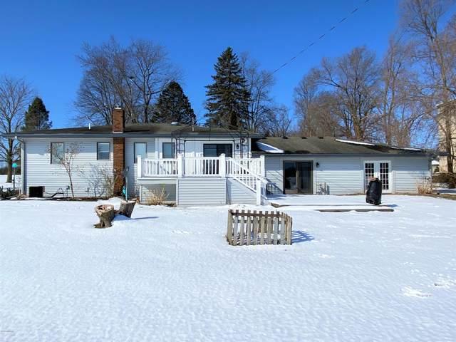 751 S Grove Street, Delton, MI 49046 (MLS #20006729) :: Deb Stevenson Group - Greenridge Realty