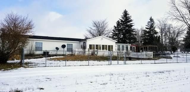 56845 28th Avenue, Bangor, MI 49013 (MLS #20006801) :: Deb Stevenson Group - Greenridge Realty