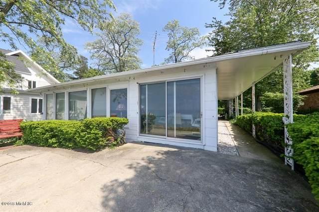 47021 Lake View Avenue, New Buffalo, MI 49117 (MLS #20007276) :: JH Realty Partners