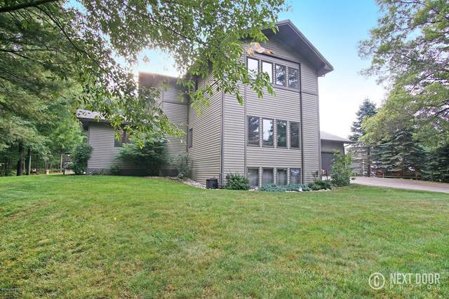 1414 N Lakeshore Drive, Ludington, MI 49431 (MLS #20007298) :: Deb Stevenson Group - Greenridge Realty