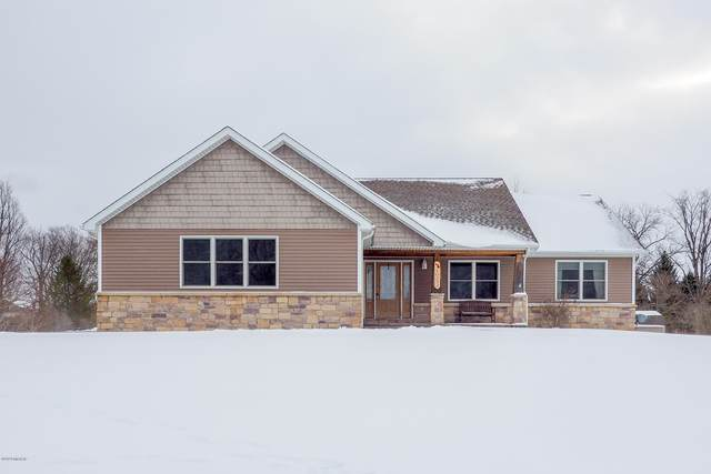 50252 Rebecca Drive, Paw Paw, MI 49079 (MLS #20007373) :: Deb Stevenson Group - Greenridge Realty