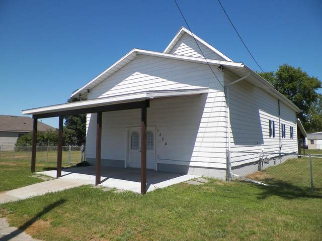 1234 Burlingame, Cadillac, MI 49601 (MLS #20008772) :: Deb Stevenson Group - Greenridge Realty