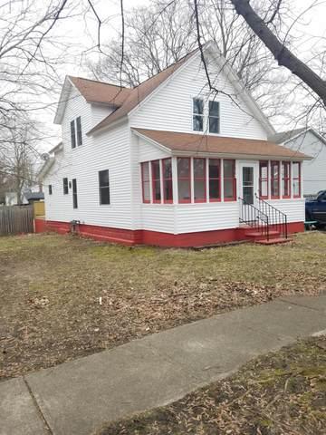 317 E Fourth Street, Lawton, MI 49065 (MLS #20009096) :: Matt Mulder Home Selling Team