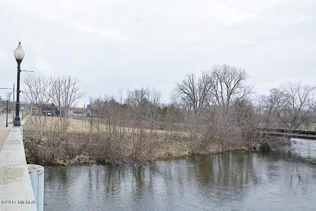 203 S Main Street, Three Rivers, MI 49093 (MLS #20009291) :: JH Realty Partners