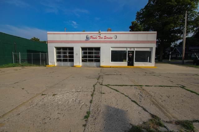 408 E Chicago Road, Sturgis, MI 49091 (MLS #20009324) :: CENTURY 21 C. Howard