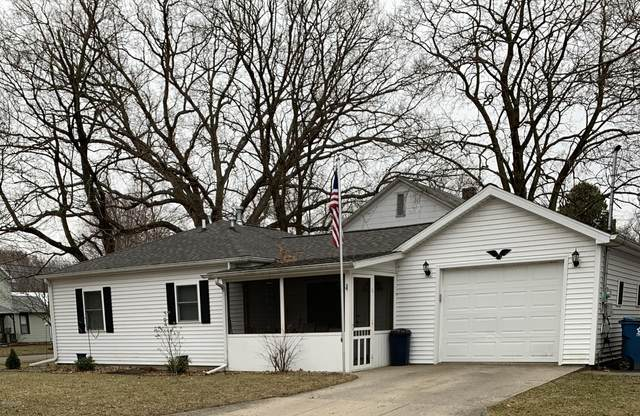 126 Walnut Street, Coldwater, MI 49036 (MLS #20010228) :: CENTURY 21 C. Howard