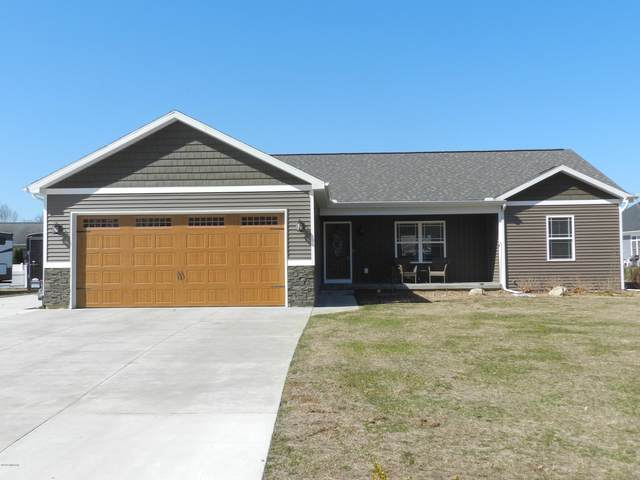 1002 Eley Street, Otsego, MI 49078 (MLS #20010295) :: Matt Mulder Home Selling Team