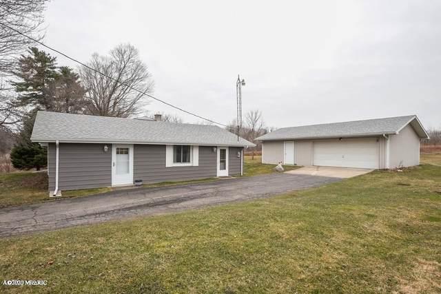 740 N Park Road, Benton Harbor, MI 49022 (MLS #20010621) :: Deb Stevenson Group - Greenridge Realty