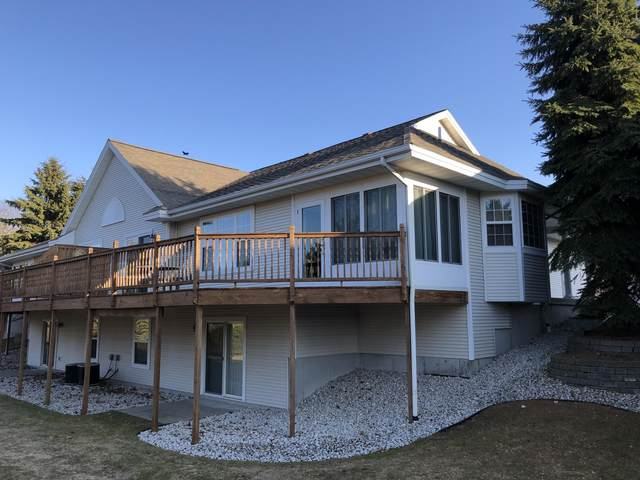 335 S Lighthouse Way, Manistee, MI 49660 (MLS #20010804) :: Deb Stevenson Group - Greenridge Realty